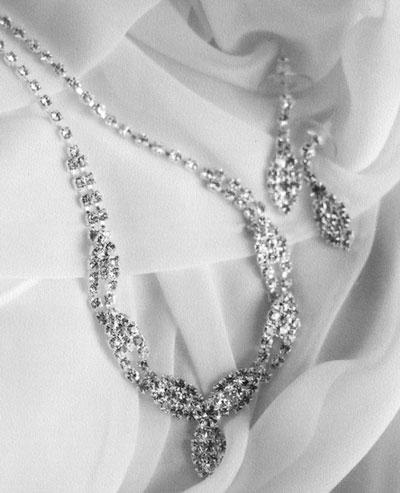 kd-brides-jewelery.jpg