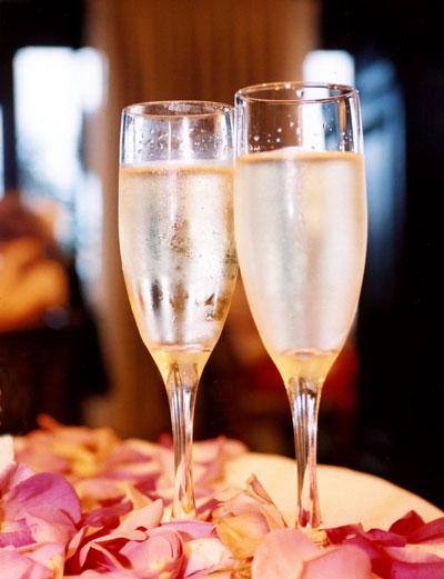 lm-champagne-glasses.jpg