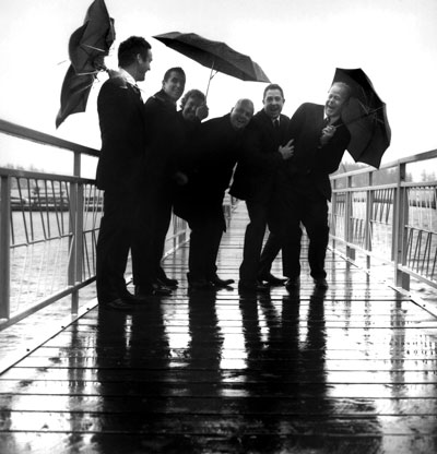 boys-umbrellas.jpg
