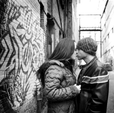 bw-kiss.jpg